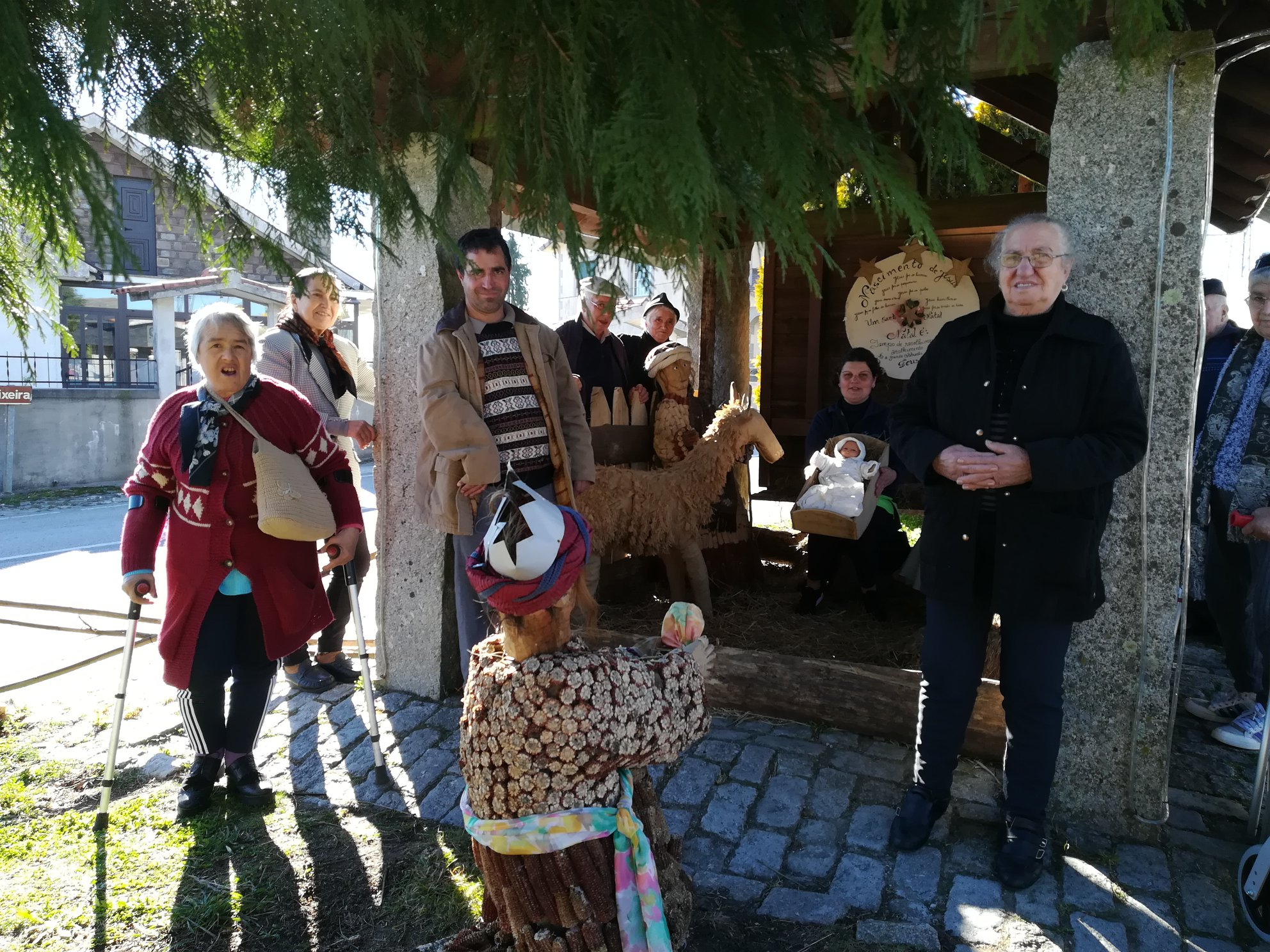 Visita aos Presépios Comunitários